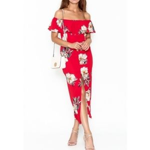 NWT Vici Promesa Red Floral Dress